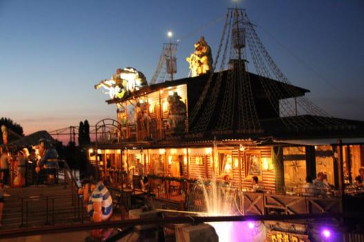 Ресторан «Стара пристань» в Черкассах